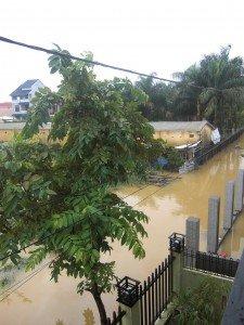 08.11.11-inondation-2-225x300 dans Inondations
