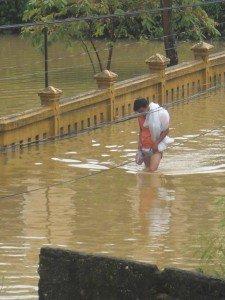 08.11.11-inondation-4-225x300